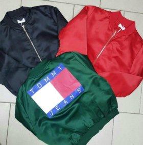 Новый Бомбер куртка бренд Tommy jeans Hilfiger топ