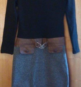 Продаются платья( 1000 руб.за все)