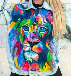 Джинсовая курточка с росписью