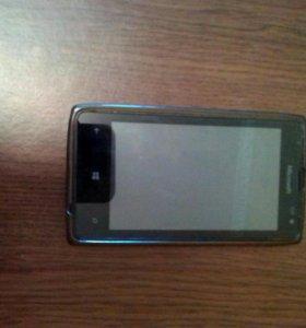 Телефон Nokia Lumia 532
