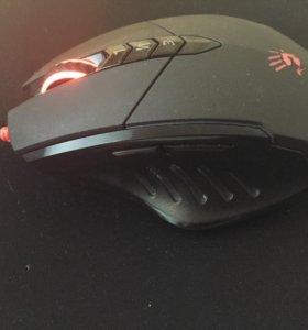 Игровая мышка и клавиатура