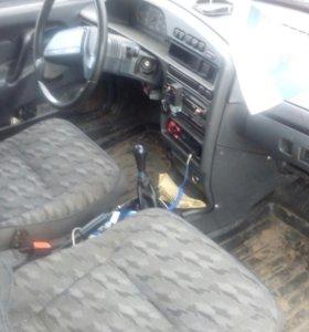 Автомобиль ваз 21093 2002 г.
