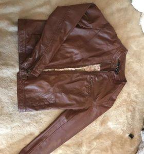 Куртка(иск кожа)