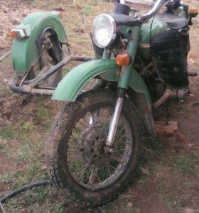 Продам мотоцикл Урал,