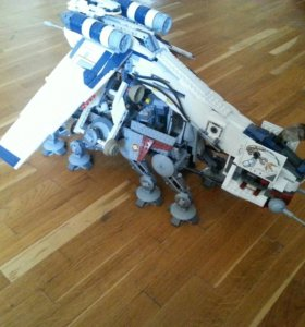 Lego star wars 10195 Republic Dropship with AT-TO