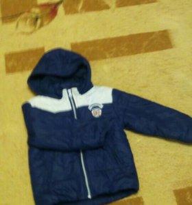 Куртка демисизон на мальчика 3-4 лет