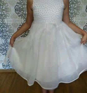 Шикарное платье. Очень красивое!
