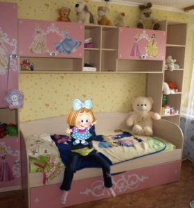 Детский гарнитур для девочки.