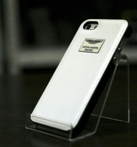 Чехлы-накладки на iPhone 5