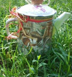 Бидоны, чайники, ящики, вазы
