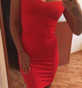 Платье XS, новое, Bershka