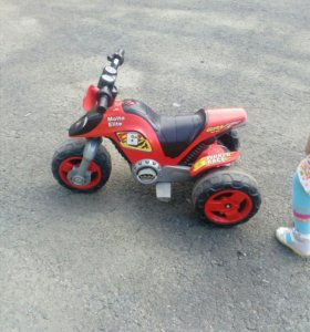 Детский мотоцикл на аккумуляторе с зарядкои