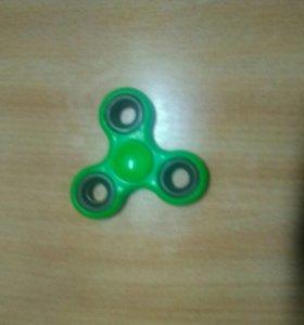 Зеленый спиннер