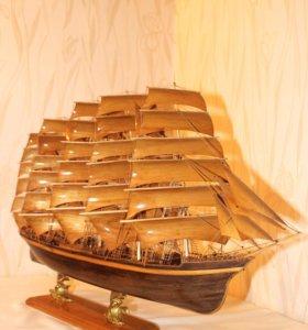 Модель парусного корабля. Клипер.