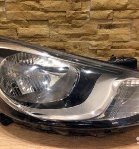 Передние фары Hyundai solaris 11-14г.