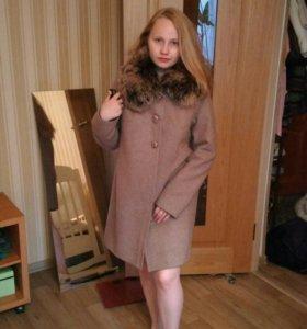 Пальто зимнее из сукна