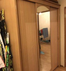 Шкаф гардероб с подсветкой