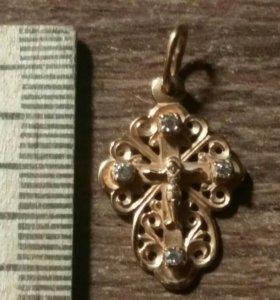 Крестик золотой резной с фианитами 585 пр.