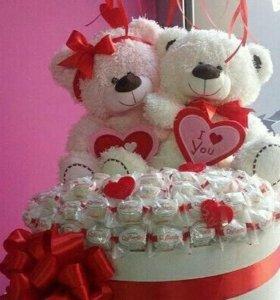 🐻🐻Веселые медвежата с конфетами.