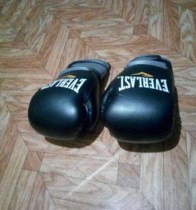 Перчатки боксёрские эвер ласт