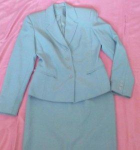 Женские костюмы 44 размер