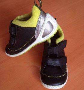 Кроссовки, ботинки Ecco