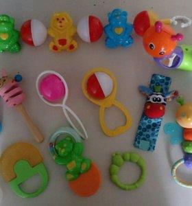 Игрушки для малышей, погремушки, грызунки