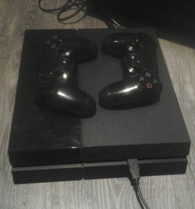 Playstation 4 + игры на акке. Торг