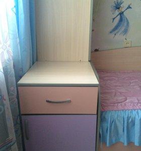 Продается  шкаф в детскую комнату