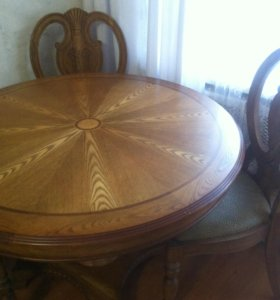 стол и 4 стула из массива