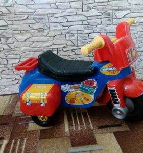 Мотоцикл - каталка