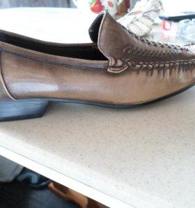 Женские туфли-мокасины размер 36-37 новые
