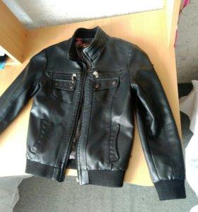 Новая куртка из кожа.зам