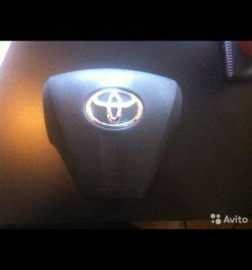 Toyota RAV 4 AIR BAG Подушка в Руль (без подушки)