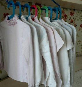 Пакет школьных блузок, рубашек и водолазок.
