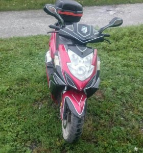 Продам скутер RACER