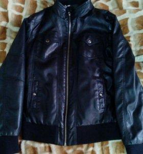 Женская коженная куртка