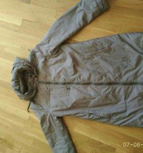 Пальто демисезонное женское р. 46