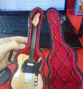 Гитара сувенир