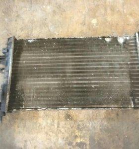 Радиатор охлаждения Opel Astra H