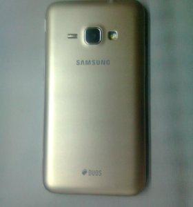 Samsung Galaxy J1 (J120F)