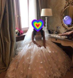 Свадебное платье Навиблю Брайдал