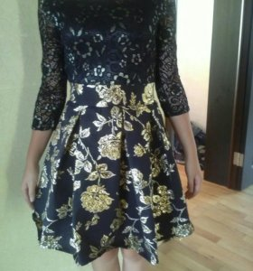 Платье. 42 размер.