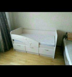 Новая детская кроватка ДЕЛЬФИН!