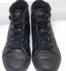 Демисезонные ботинки 28р.