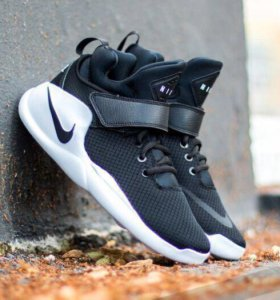 Кроссовки Nike Kwazi