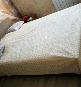 Кровать полутораспальная