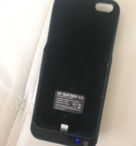 Аккумулятор внешний на IPhone5/5s