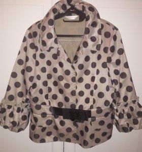 Стильная курточка-ветровка