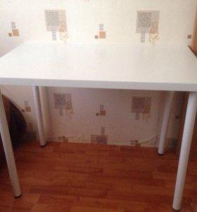 Новый белый стол